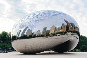 Cloud-Gate-and-Chicago-skyline-in-Chicago-Illinois