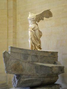 Victoire_de_Samothrace_-_Musee_du_Louvre_-_20190812
